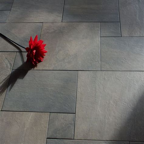 bathroom slate tile ideas 25 best ideas about slate bathroom on shower
