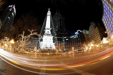 indianapolis tree lighting 2017 in indianapolis shows