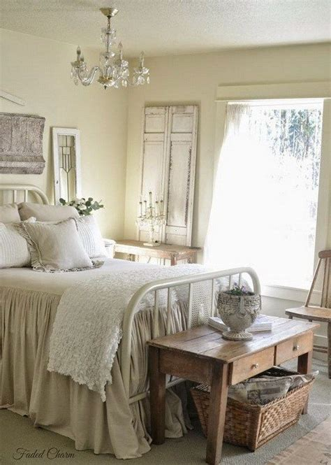 Shabby Chic Bedroom Decorating Ideas 17 Best Ideas About Shabby Chic Bedrooms On Shabby Chic Colors Shabby Chic And
