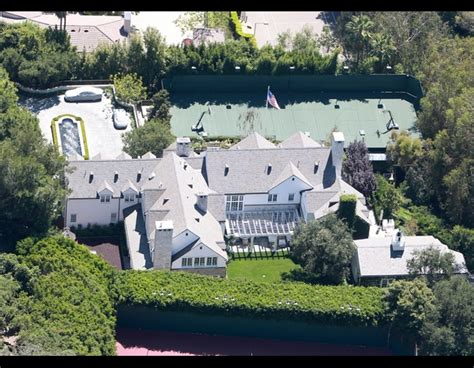 tom cruise mansion tom cruise house katie holmes house tom cruise and