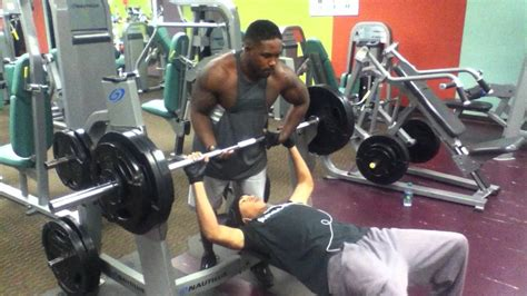 300 lb bench press max 150 lb 20 yr old beast mode