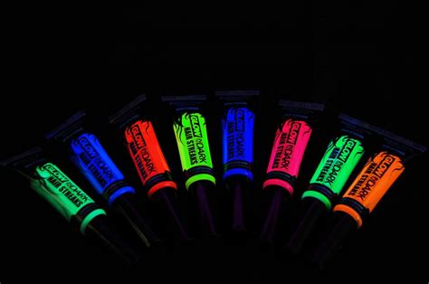 glow in the hair color paintglow glow in the color streaks hair mascara