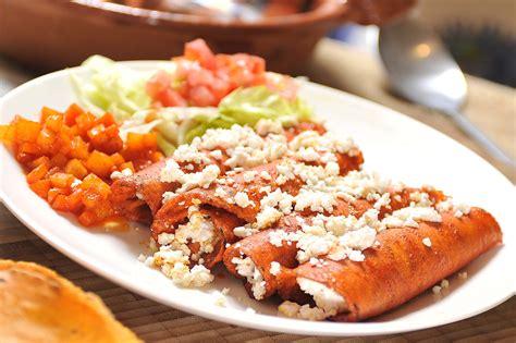 enchiladas rojas de queso enchiladas recipes dishmaps