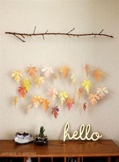 decorar con hojas secas de otoño m 225 s de 25 ideas incre 237 bles sobre manualidades oto 241 o en