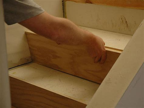 How to Install Hardwood Stairs   how tos   DIY