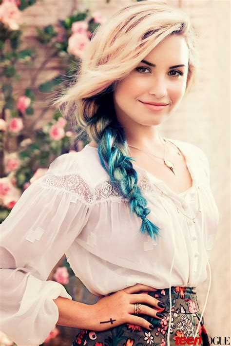 a blog about girls and fashion pictures demi lovato