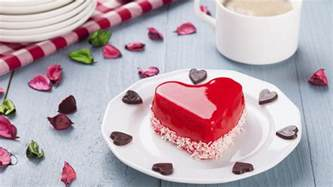 kleine herzform kuchen valentinstag rezepte kuchen kekse und cupcakes mit herz