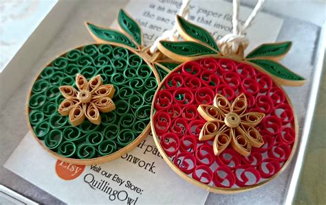 quilled christmas ornament patterns paper quilled baubles filigrana baubles quilling and paper