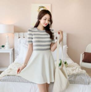 Arti Mimpi Memakai Baju Kebaya Hitam arti mimpi dikasih baju diberi baju baru oleh seseorang arti mimpi lengkap
