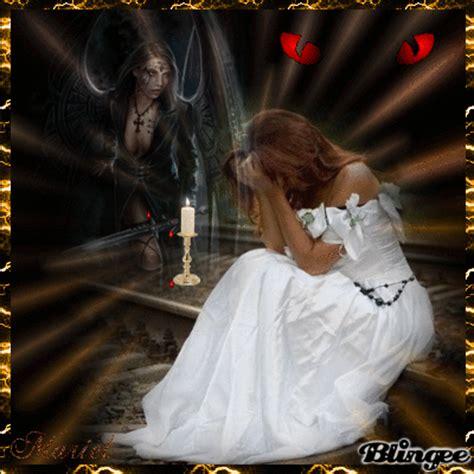 imagenes goticas blingee un vampiro enamorado gotico picture 117395974 blingee com