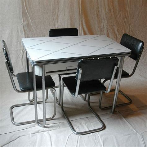 Enamel Top Kitchen Table Black And White Enamel Top Kitchen Table With 4 Chairs By Sp9000 650 00 Projects To Try