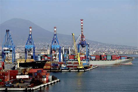 napoli porto l ue indaga su 44 milioni di finanziamenti al porto di