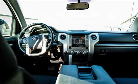 toyota tundra interior 2017 toyota tundra cars exclusive and photos updates