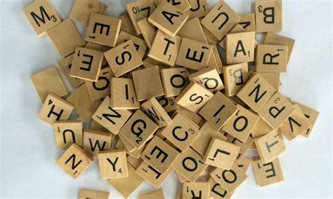 cubi con lettere cubi con lettere in legno groupon goods