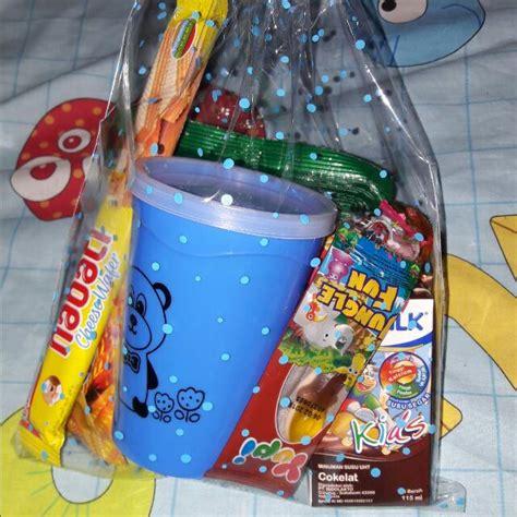 Bingkisan Ulang Tahun 2 paket bingkisan ulang tahun anak makanan minuman snek