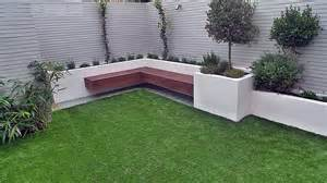 Fencing Ideas For Small Gardens Garden Design Garden Design