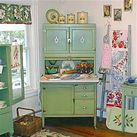 hoosier cabinet   cozy
