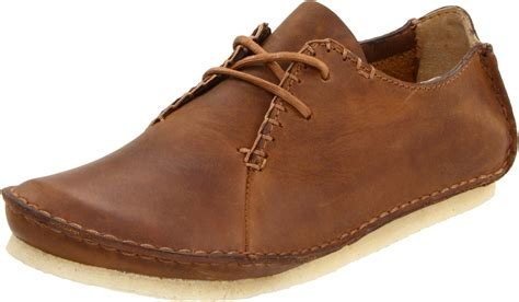 clarks oxford shoes clarks womens faraway field oxford in brown beeswax