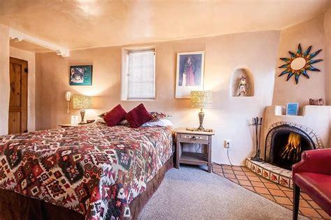 Pueblo Room by Isleta Pueblo Bonito Inn Santa Fe Lodging