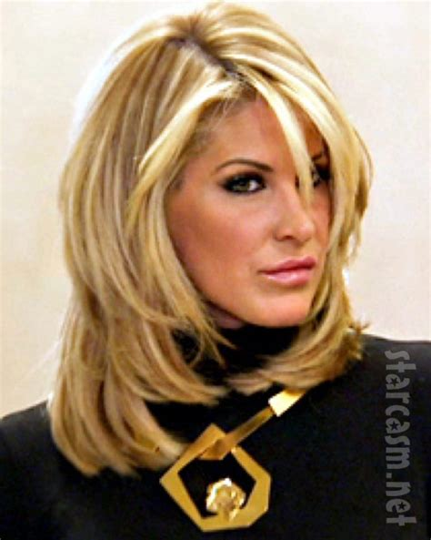 atlanta hoisewives wigs video kim zolciak finally removes her wig on don t be