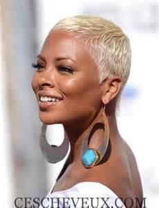 23 must see coiffures courtes pour les femmes noires