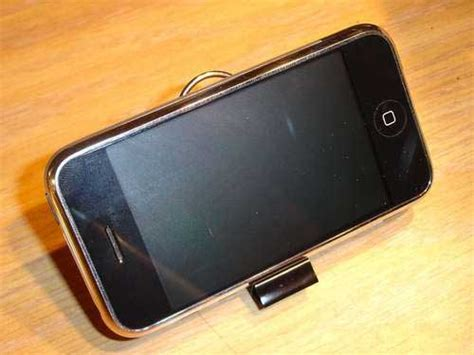 Stand Headphone Dari Stick 10 best and easy diy iphone stands