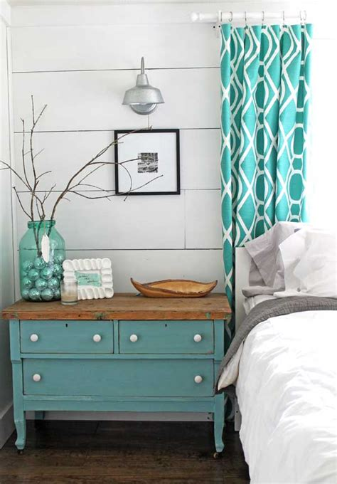 do it yourself projects for home decor lots of decorating inspiration in this diy master bedroom decorated in a quirky modern