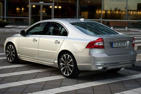 volvo   car review autotrader