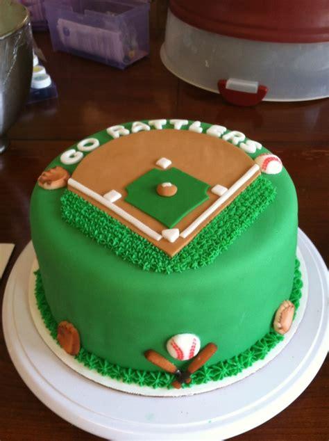 Baseball Cake Decorations by Best 25 Baseball Field Cake Ideas On Baseball