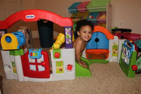 Tykes Activity Garden by Tikes Discoversounds Activity Garden Review The