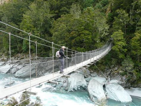 bridge swinging in wind crossing a swing bridge in gale force winds rob roy