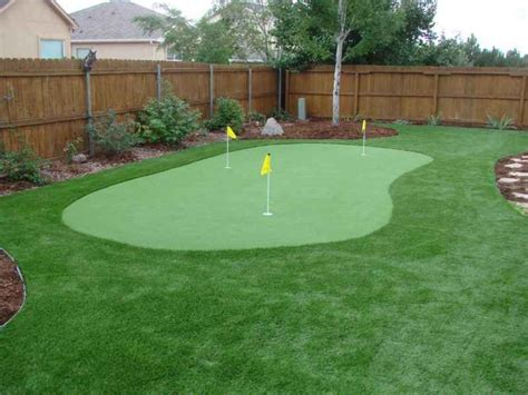 backyard putting green turf golf putting and chipping greens four seasons landscaping