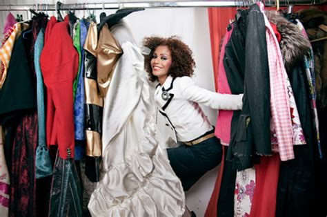 Wardrobe Stylist Career by How To Become A Fashion Stylist Wardrobe Advice