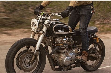 rugged build rugged xs650 tracker build by three pence bikebound