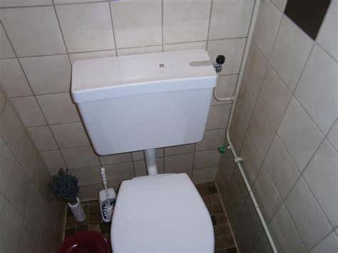 Nieuwe Spoelbak Toilet by Vervangen Stortbak En Kraan Wc Werkspot