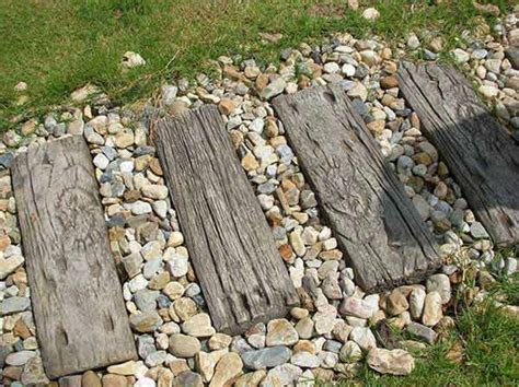 Backyard Stepping Stones by 23 Mesmerizing Diy Stepping Stones To Realize For Your