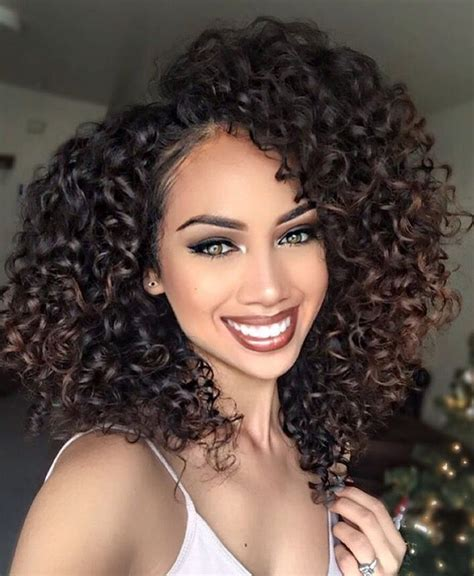 Curly Hairstyles For Black With Medium Hair by 25 Best Ideas About Brown Curly Hair On Ombre