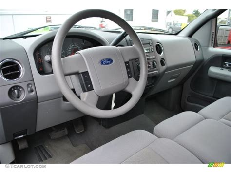 Ford F150 Interior Colors by 2006 Ford F150 Xlt Regular Cab 4x4 Interior Color Photos