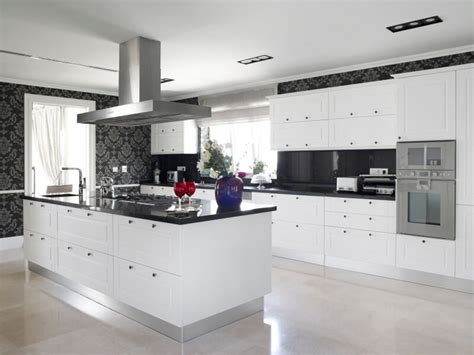 White Kitchen Cabinets Black Granite Countertops Kitchen Impeccable Kitchens Design With White Cabinets And Granite Lava Countertop Black