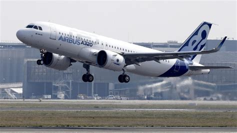 Kaos Pesawat Airbus A320 Gold gro 223 auftrag f 252 r airbus china will 184 neue flugzeuge kaufen