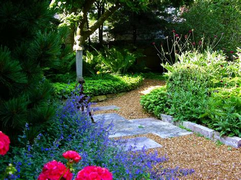 Pictures of garden pathways and walkways   DIY Shed