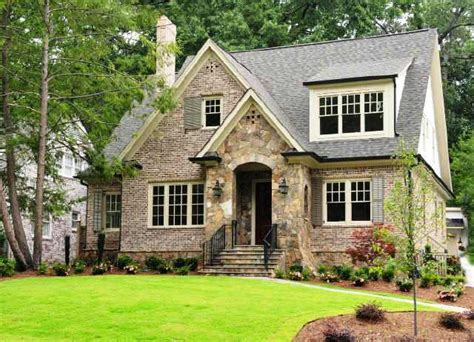 cottage style homes exteriors cottage style home cottage home exterior
