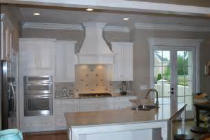 Kitchen Ventilation Ideas by Kitchen Hood Ideas Submited Images