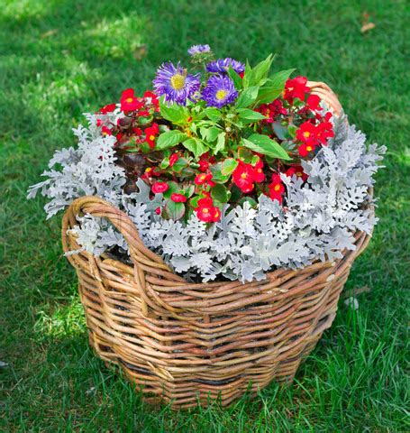 backyard planter ideas easy container garden ideas diy projects for front yard
