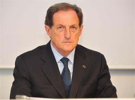 mantovani regione lombardia tangenti arrestato mantovani il vicepresidente della
