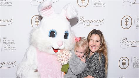 Drew Barrymore Supports Pet Adoption by Drew Barrymore S Meets The Easter Bunny Plays It