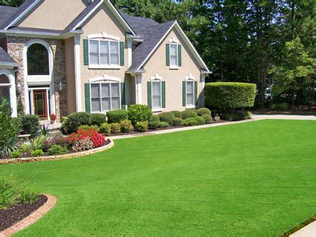 front yard landscaping nice green beautiful