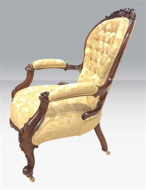 antique back chairs antique walnut cabriole leg spoon back arm chair