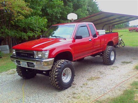 lifted toyota pickup lifted 1991 toyota pickup www imgkid com the image kid