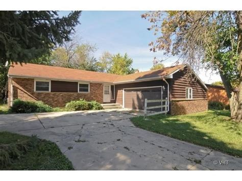 Homes For Sale In Illinois by 3106 Lebanon Ave Zion Il 60099 Detailed Property Info
